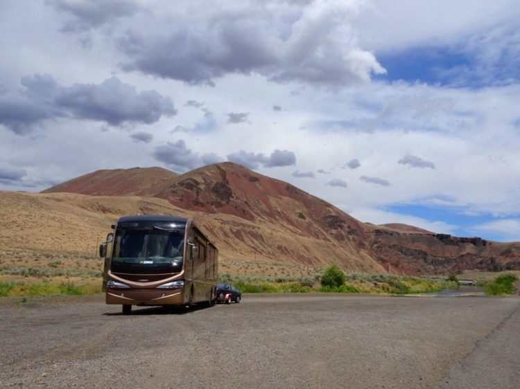 Our lunch spot on Hwy 20 in Eastern Oregon