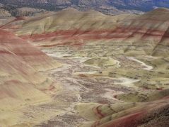 Red and golden colors of the Painted Hills